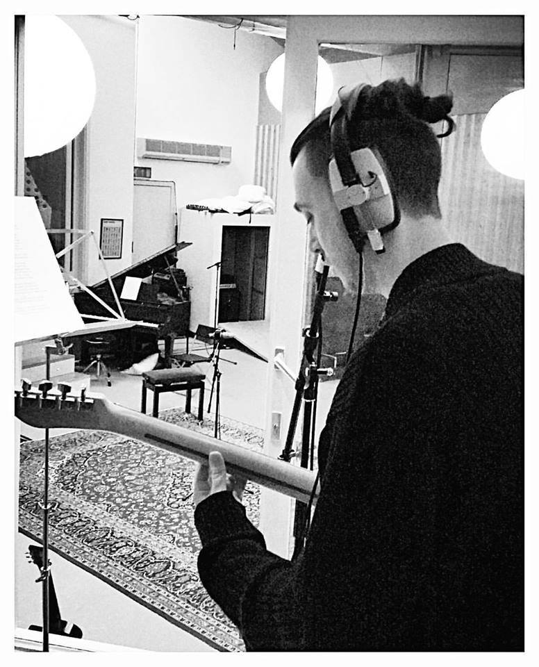 john-o'shea-miloco-studios-pool-playing-bass